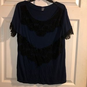 ANA Blue w/black lace short sleeve blouse Size XL